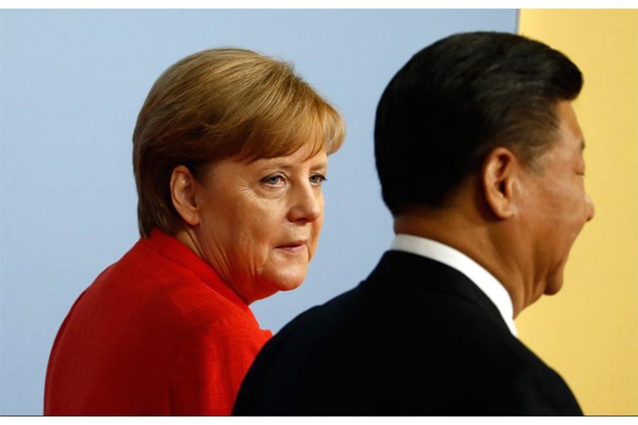 Thủ tướng Đức Angela Merkel và Chủ tịch Trung Quốc Tập Cận Bình tại Hội nghị Thượng đỉnh G20 ở Hamburg, Đức ngày 7/7/2017. Ảnh: AFP