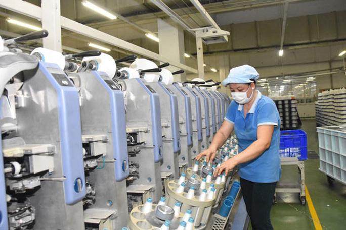 Ngành dệt may ngày càng được cải thiện nguồn cung nguyên liệu từ trong nước. Ảnh: TẤN THẠNH.