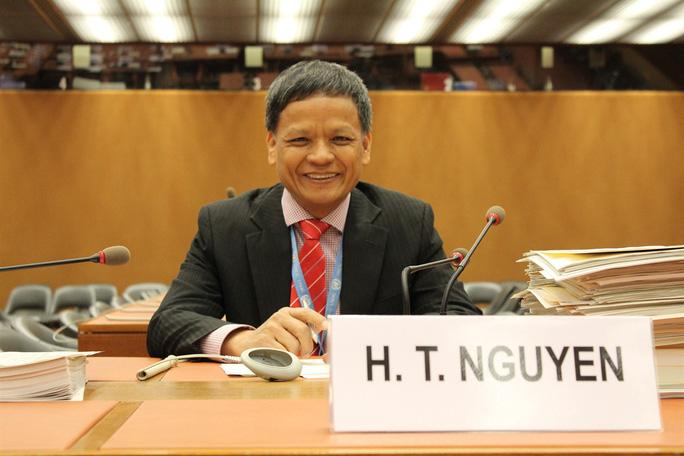 Đại sứ Nguyễn Hồng Thao tại kỳ họp thứ nhất, khóa họp 71 của Ủy ban Luật pháp quốc tế, Geneva (Thụy Sĩ). Ảnh: TTXVN.