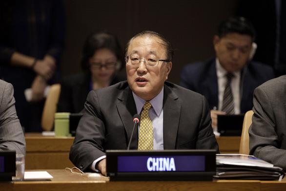 Đại sứ Trung Quốc tại Liên Hiệp Quốc Trương Quân - Ảnh chụp màn hình Xinhua