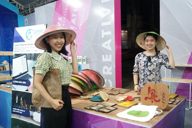 Sản phẩm nón lá sen của Công ty Khởi Minh Thành Công.