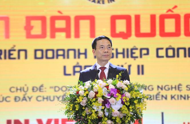 Bộ trưởng Bộ Thông tin và Truyền thông Nguyễn Mạnh Hùng phát biểu khai mạc diễn đàn.