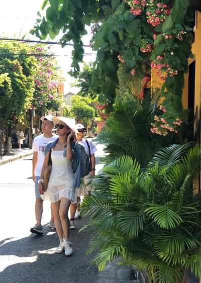 TP Hội An (tỉnh Quảng Nam) luôn hấp dẫn du khách nhờ những sản phẩm du lịch độc đáo.