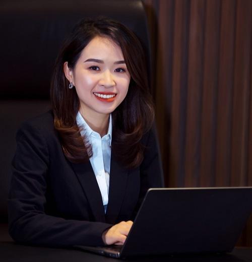 Bà Trần Thị Thu Hằng.