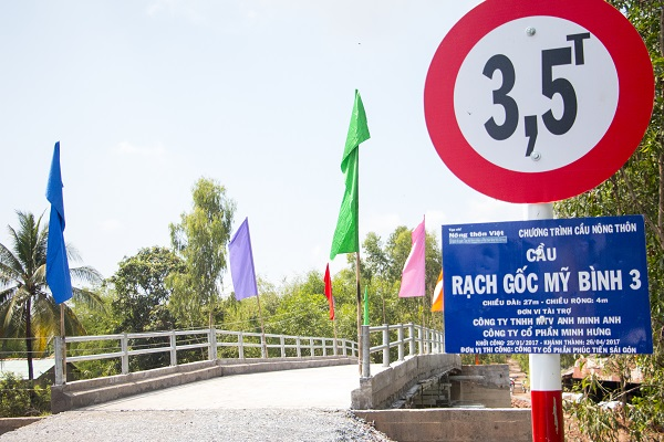 Cầu Rạch Gốc Mỹ Bình 3 tại huyện Đức Huệ tỉnh Long An thuộc Chương trình Cầu Nông thôn đã được hoàn thiện và đưa vào sử dụng vào tháng 4.2017