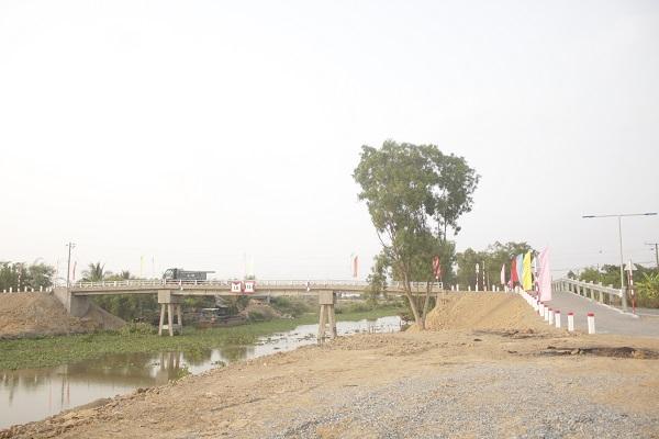 Cầu kênh Mareng mới do Liên doanh Việt – Nga VietsovPetro tài trợ xây dựng