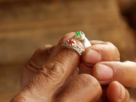 Cặp nhẫn Srí