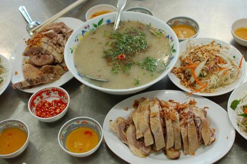 Thịt vịt là món truyền thống trong mâm cỗ Tết Đoan Ngọ của người Nam bộ.
