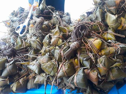 Bánh ú tro của miền Trung sử dụng trong Tết Đoan Ngọ.