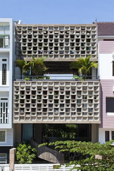 Mặt tiền 6 tầng với kiến trúc lạ mắt của Binh Thanh house.