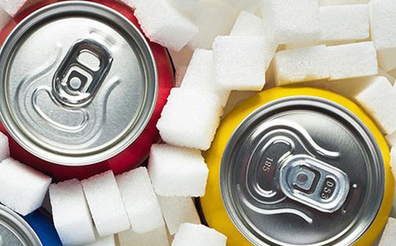Uống đồ uống có đường làm tăng nguy cơ mắc bệnh tim mạch. Ảnh: Internet