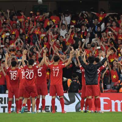 Tự hào các cầu thủ Việt Nam. Ảnh: AFC