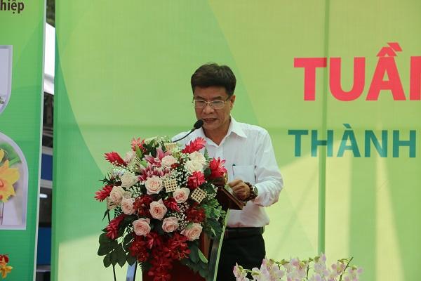 Ông Trần Phương Đông, Giám đốc Trung tâm Tư vấn và Hỗ trợ Nông nghiệp (Sở NN&PTNT TP.HCM) phát biểu tại Lễ khai mạc.