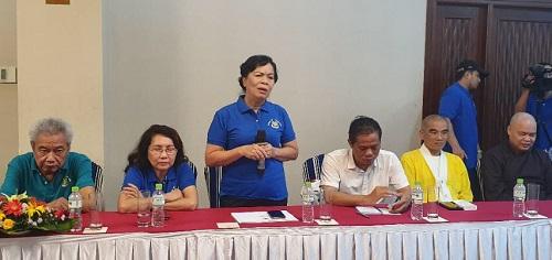 Bà Mai Thị Hạnh, phu nhân nguyên Chủ tịch nước Trương Tấn Sang phát biểu tại buổi làm việc với UBND tỉnh Quảng Trị