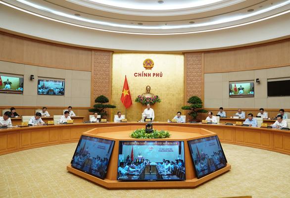 Thủ tướng Nguyễn Xuân Phúc chủ trì Hội nghị - Ảnh: VGP