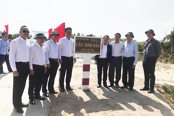 Khánh thành cầu Xóm Bắc tại xã Cát Tân, huyện Phù Cát, tỉnh Bình Định.