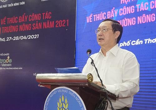 Bộ trưởng Huỳnh Thành Đạt phát biểu tại Hội nghị.
