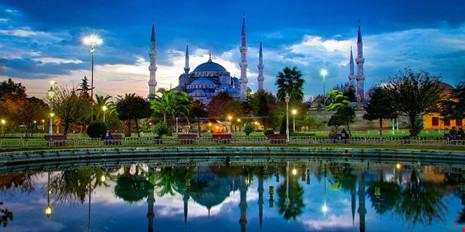 Euro 2020 ở 13 thành phố và cuộc chạy đua Đức-Thổ - ảnh 3