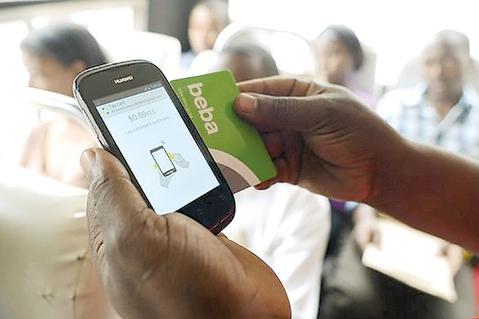 Thanh toán di động phổ biến tại châu Phi.